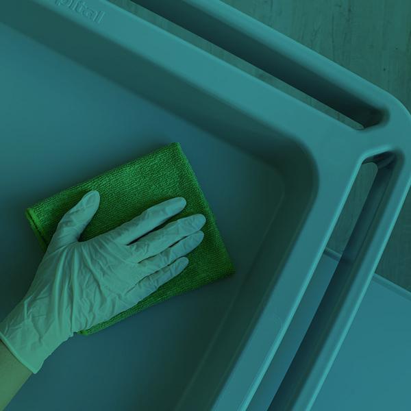 Corretta pulizia delle superfici contro COVID-19