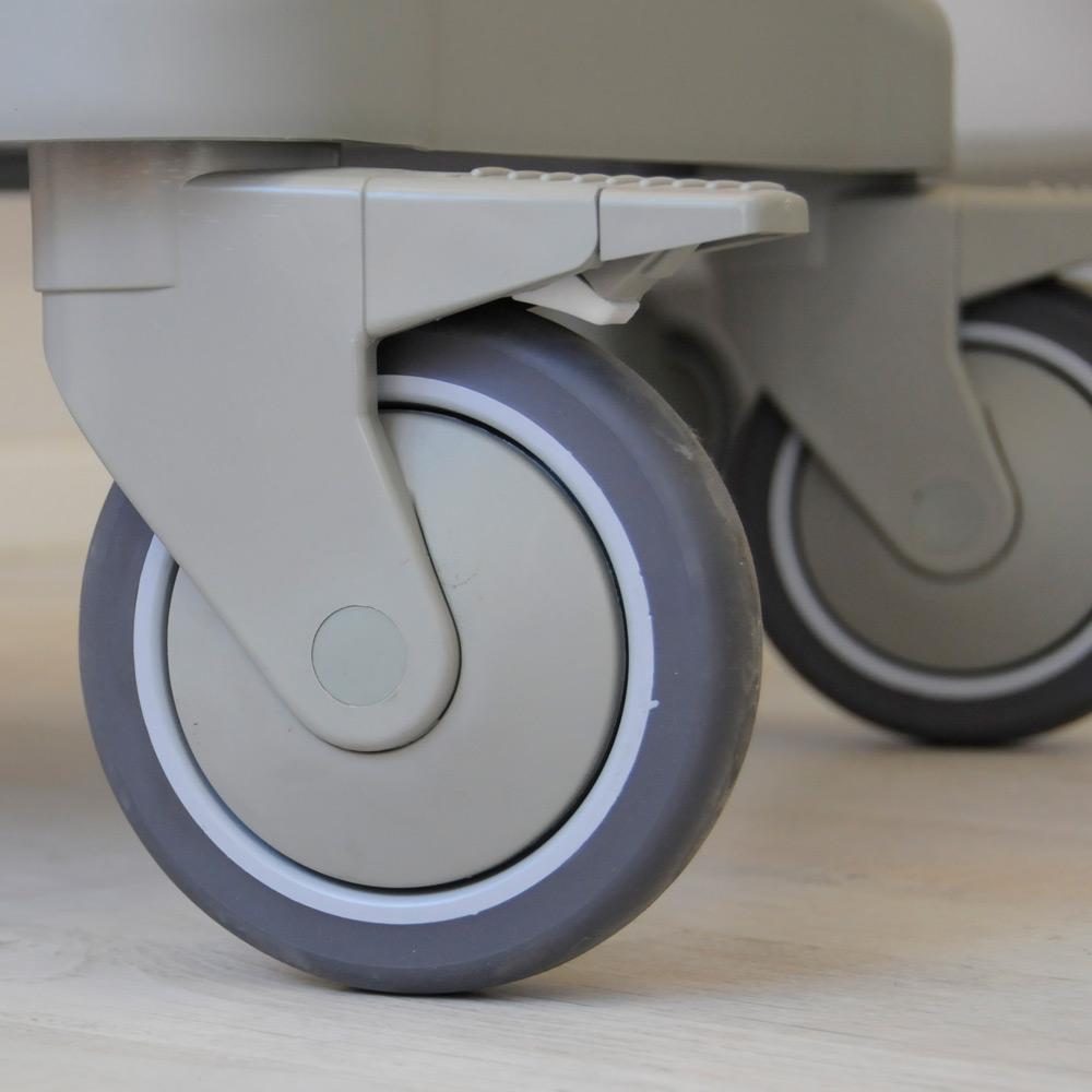 Nerviani wheel on PERSOLIFE emergency trolley