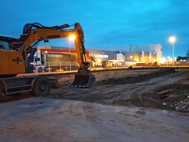 building starts to enlarge FH facility in France